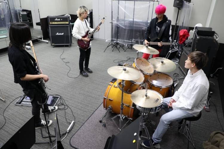 オリジナルバンドを組める