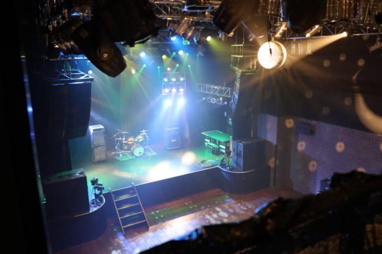 12号館ホール(club 1ne2wo)