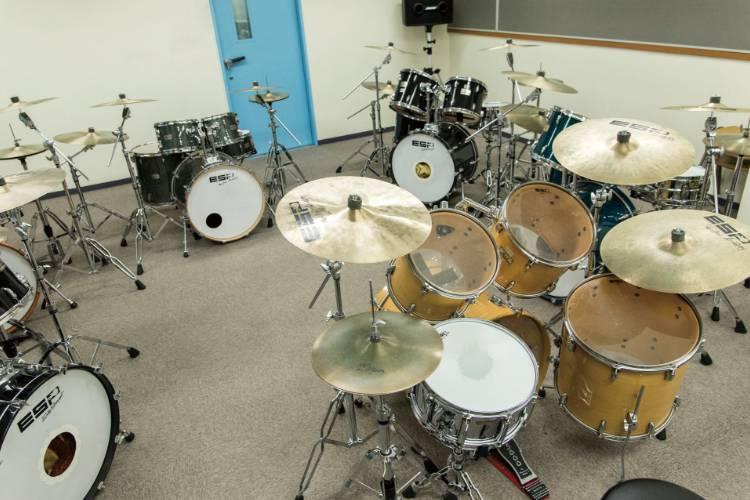 ドラムレッスンスタジオ