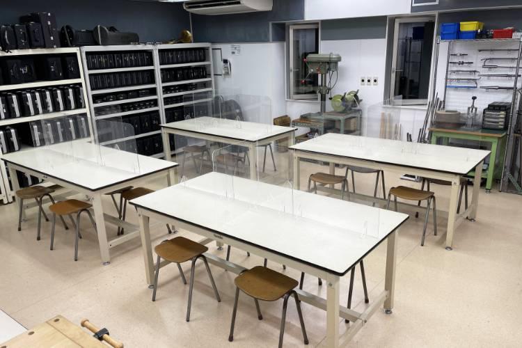 管楽器リペア実習室